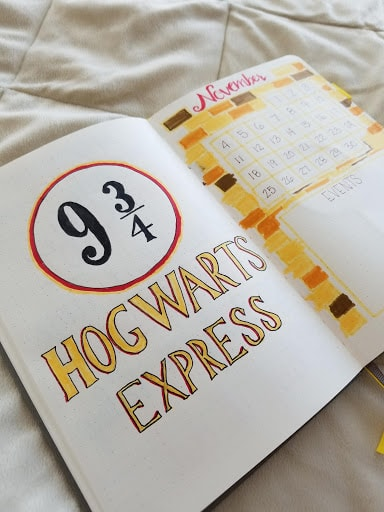 Harry Potter Spreads - Cover Page and Month At A Glance