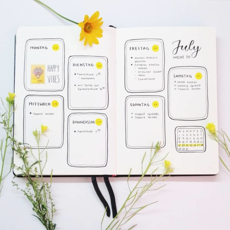 Yellow Dot Weekly Spread